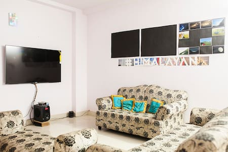 Room in Cozy Delhi Apartment - New Delhi