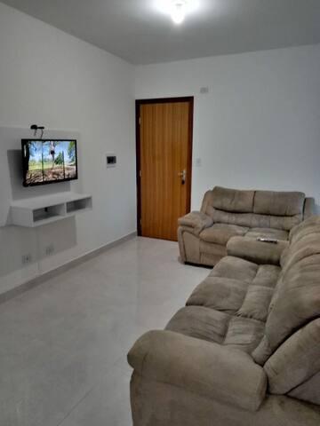 Apartamento novo e mobiliado
