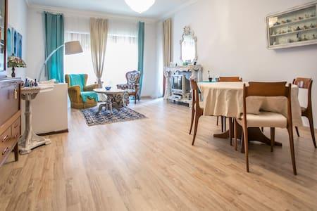Casa deliziosa a metà strada tra mare e centro - Lido di Ostia - Hus