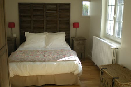 Room close Saumur - Bed & Breakfast