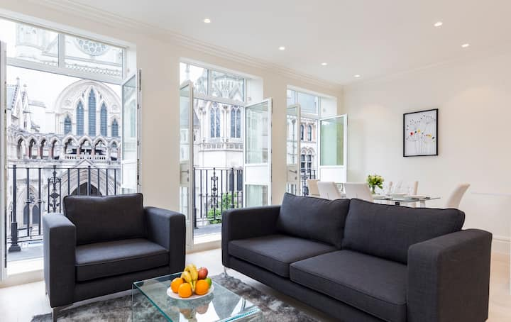Amazing City View Covent Garden 3BR with Balcony