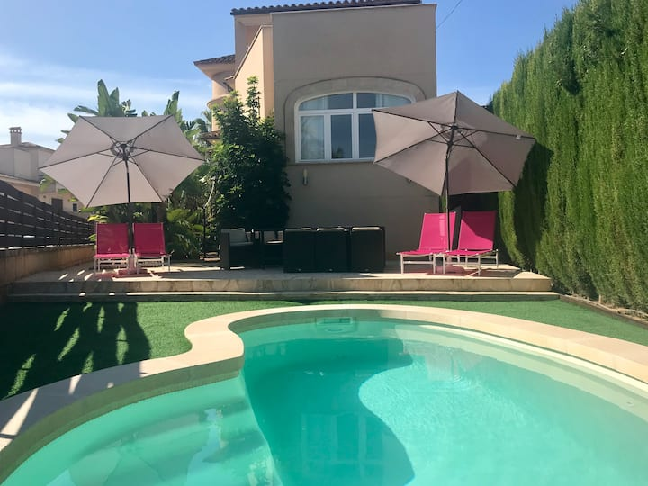 ALICIA VILLA with private pool NEAR ESTRENC BEACH