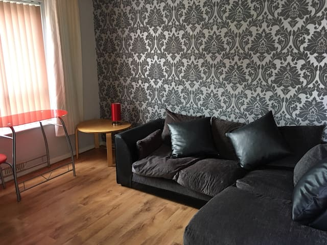 Modern 1 bedroom flat - Cheltenham  - Apartment