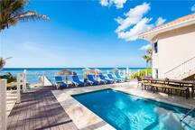 Coco Kai Beach Front Villa with heated pool