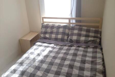 Cozy bedroom in great downtown area - New York