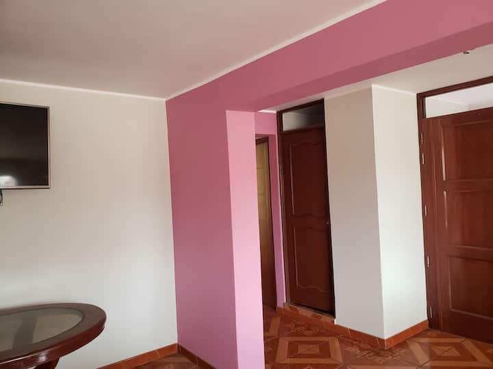 Habitación a 4 min del Aeropuerto Jorge Chavez
