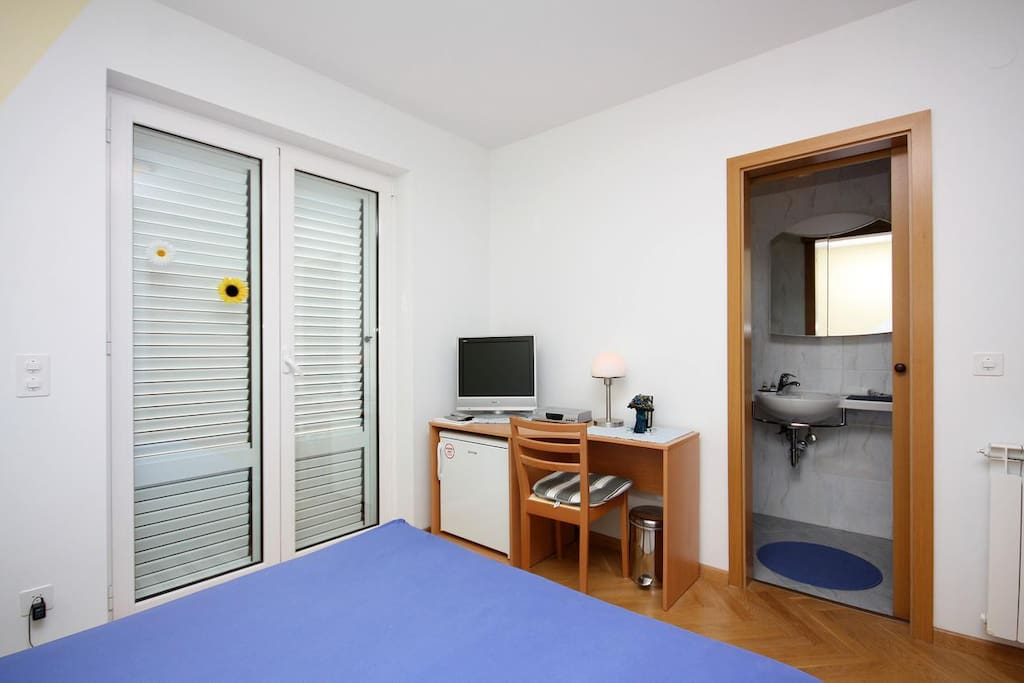 Bedroom, Surface: 1 m²