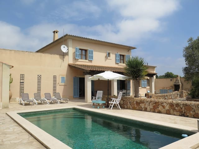 Holiday home in Llombards for 6 persons