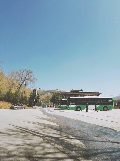 公共停车场