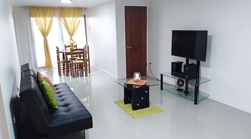 Lindo Apartamento a minutos de Playa Cavancha.