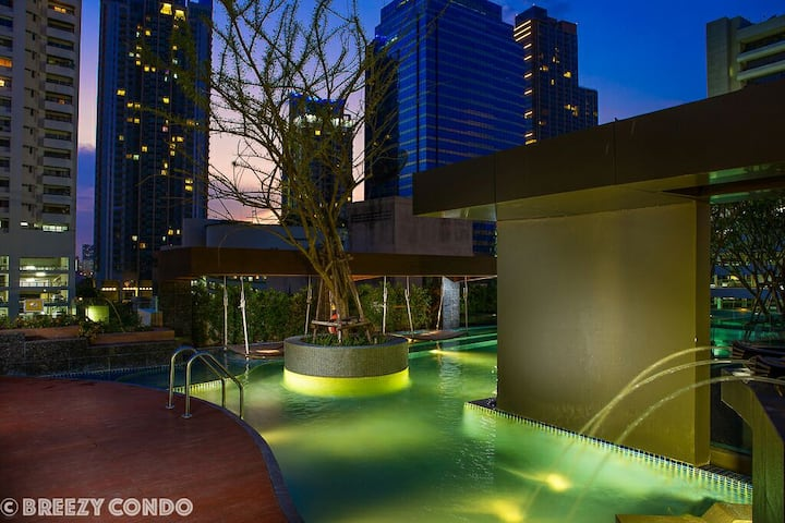 Breezy Condo In The City Close Khlong Pier: I