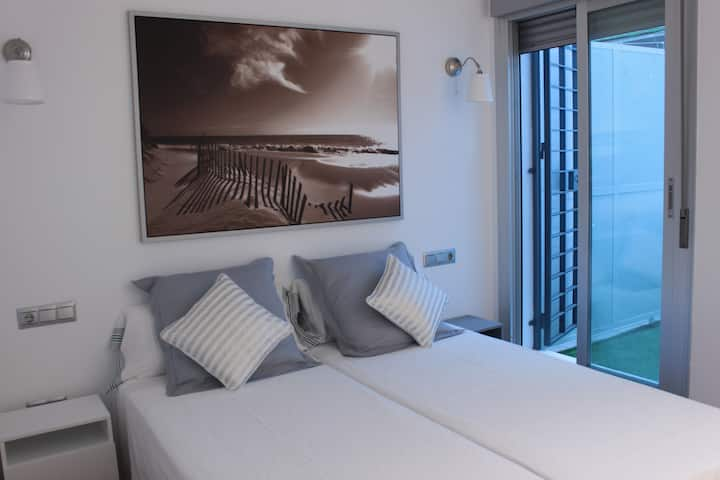 Cosy apartment in Malaga city center. Parking incl