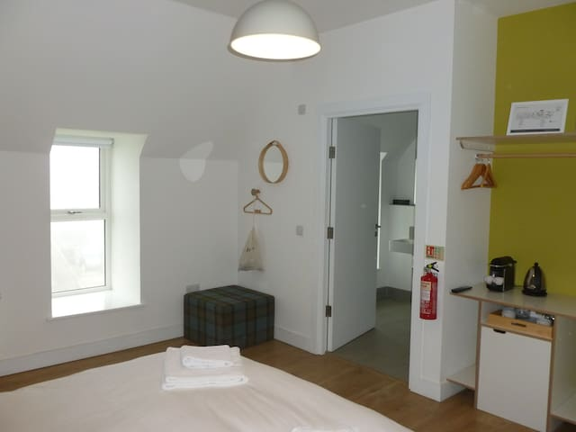 Northstar 2 (1 Bed Room with Ensuite)