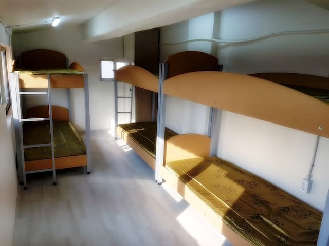 Dongdaemoon cheapest guest house