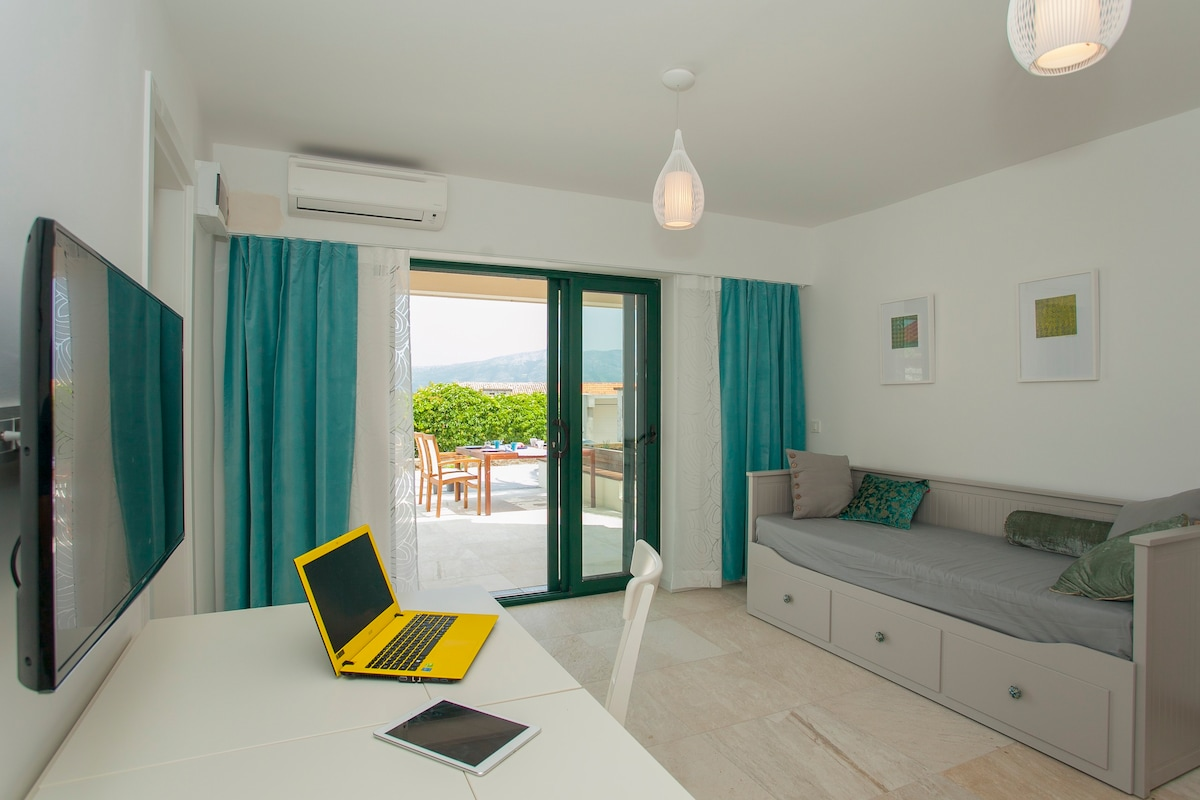 Sweet holiday house in Lumbarda, Korcula - Houses for Rent in ...