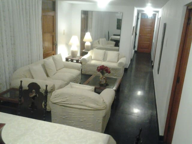 Large Private Apt Near the Airport - Distrito de Lima - Διαμέρισμα