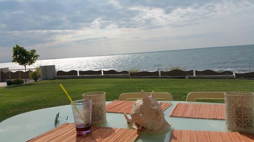 Ιατράκης Ιωάννης (Iatrakis Ioannis) - Avdira - Rumah