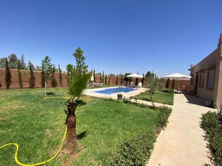 """Shams"" Entire Villa + Pool, 17 km from Marrakech"