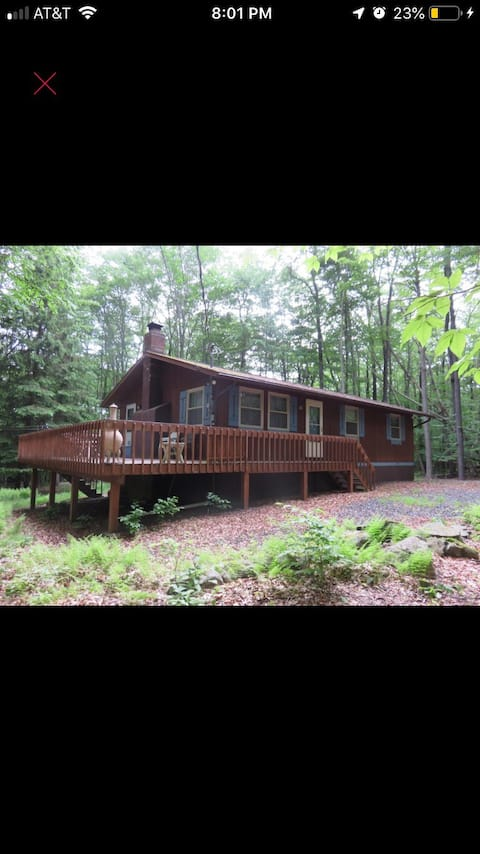 Cozy get away in gated lake community
