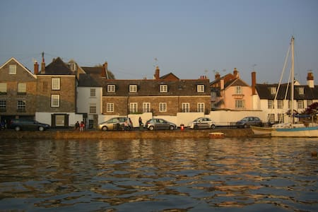 Luxury Waterside Cottage - Topsham