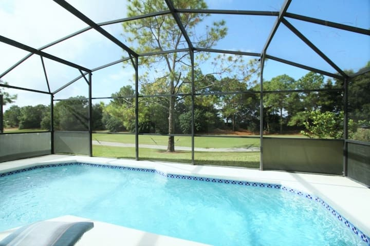3 BR 2 BA  Golfers Retreat w/Pool & Game Room - Haines City - House