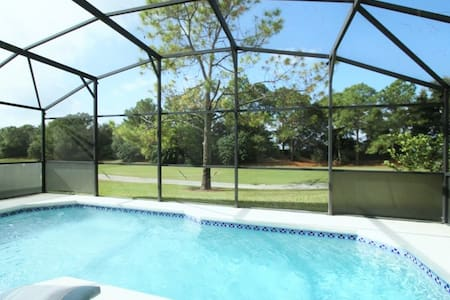3 BR 2 BA  Golfers Retreat w/Pool & Game Room - Haines City - Maison