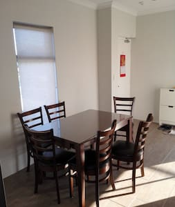 Brand New Apartment - Morley - Apartament