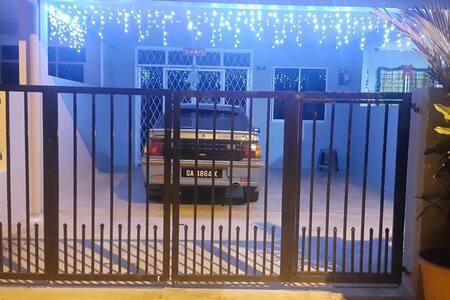 Comfortable entire house, Penampang, Kota Kinabalu - Penampang - Hus