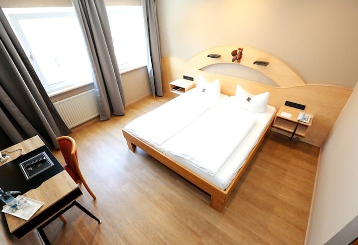 Komfortables Zimmer in Landsberg, DZ 1 (Arthotel)