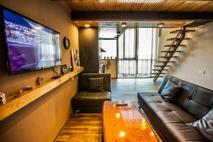 Cozy loft near old Tbilisi
