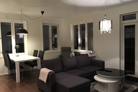 Modern aptartment with sauna and outdoor space - Mariehamn - Apartemen