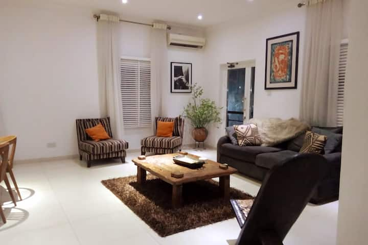 Beautiful and Modern 1 Bedroom Home away from Home