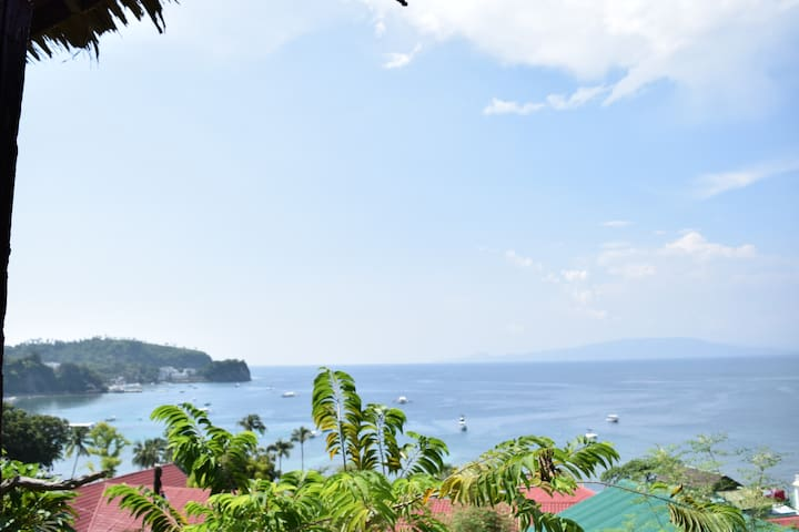 patio, hammock, panoramic oceanview - Puerto Galera - Bungaló
