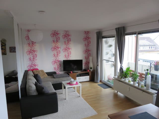 Wohnung/Apartment - Sarstedt - Apartamento