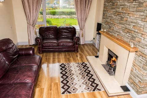 Hillview Holiday Home