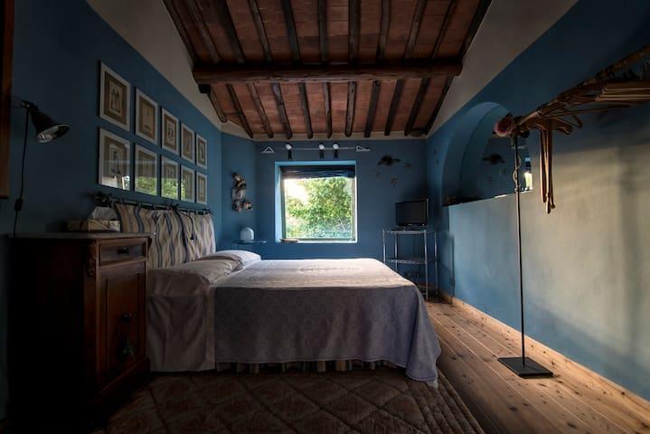 Casale Il Nocciolo - Le Rondini (Viareggio)