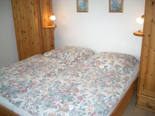 Ferienhaus Uslar GmbH (Uslar) -, Ferienhaus, 55-65 qm, 2 Schlafzimmer, max. 4 Personen
