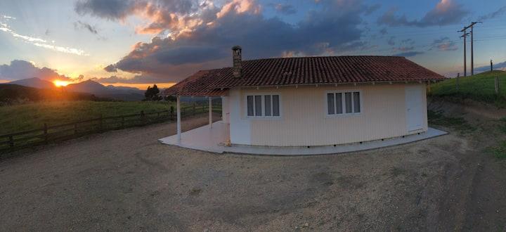 Casa de campo em Alfredo Wagner com linda vista!!!