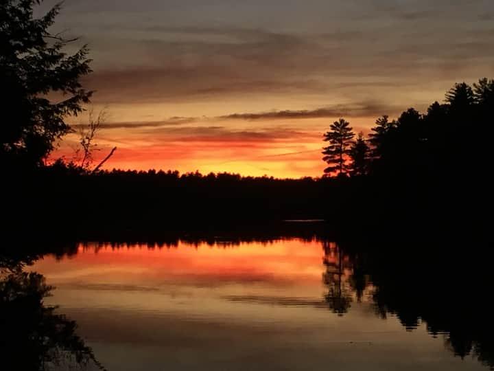 Rustic Oak Lake Getaway