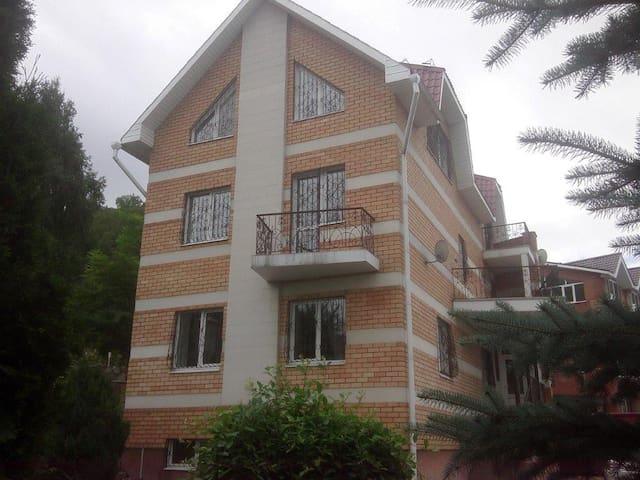 дом с прекрасным видом в г. Самара