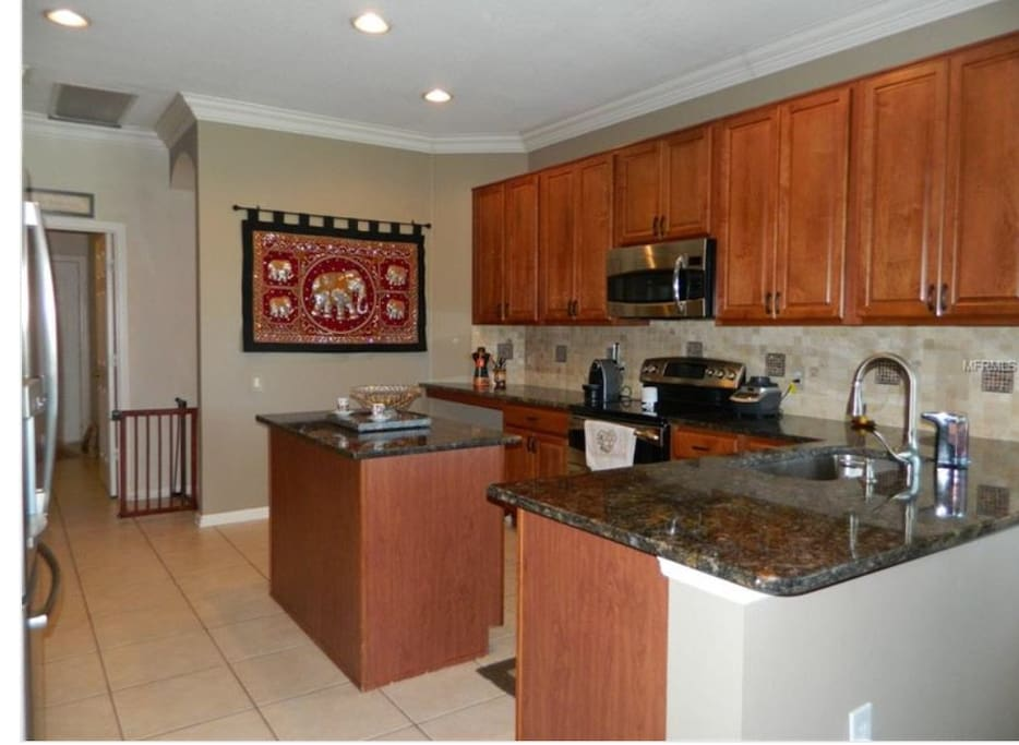 Kitchen (limited access)