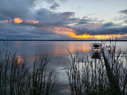 Lake House Seneca