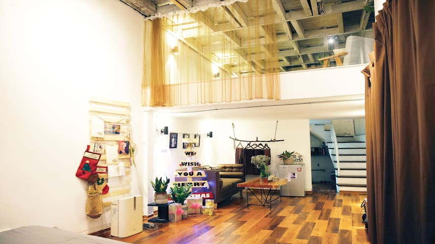 Latte House - cosy home in front of Hoan Kiem Lake