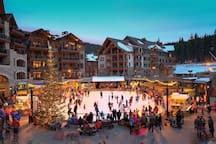 Northstar Lodge Resort 2 BD 2 BA + Den Ski In/Out