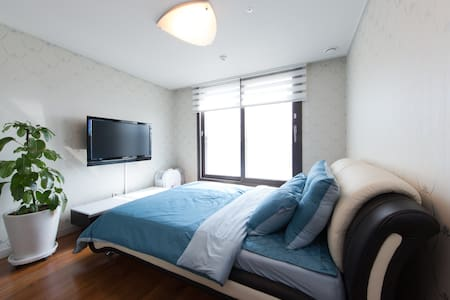 Cozy Double room in a highrise flat - 파주시 - Lejlighed