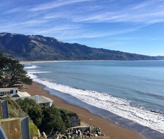 10 min walk to surfers overlook