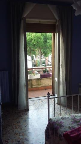 Camera Matrimoniale e Terrazzino