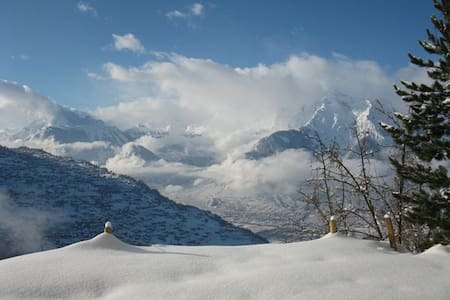 A breathtaking view over the Alps, room Chassoure - Veysonnaz