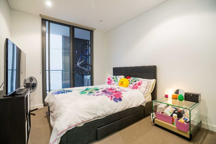 Great location and modern apartment - Meadowbank - Apartament