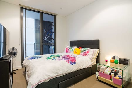 Great location and modern apartment - Meadowbank - 아파트